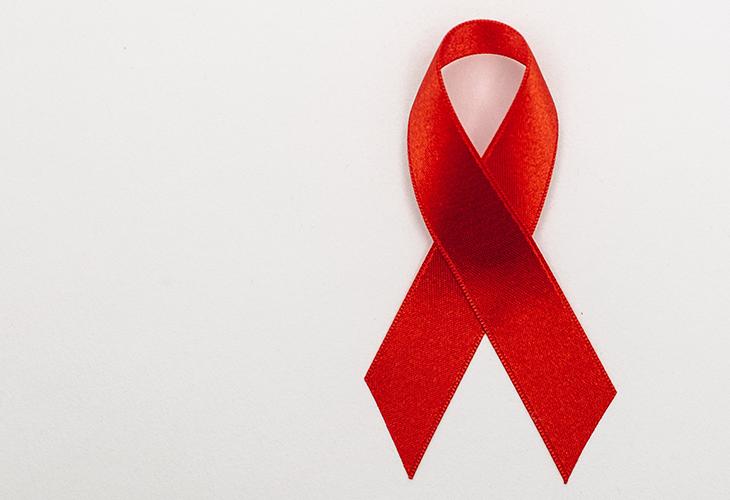 Dezembro Vermelho: prevenção e tratamento ao HIV e à AIDS